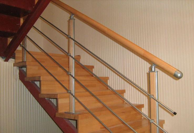 Деревянная лестница своими руками на металлическом каркасе 64