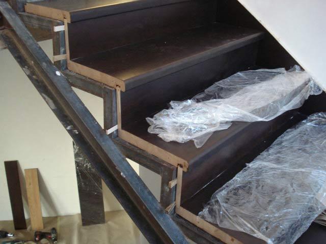 Лестницы своими руками на металлическом каркасе